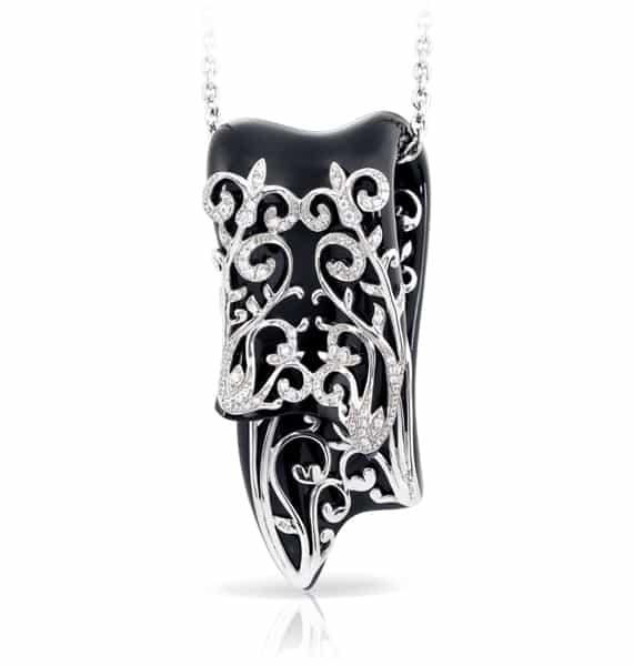 Belle Étoile Anastacia Black Pendant