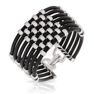 Belle Étoile Isis Black Bracelet