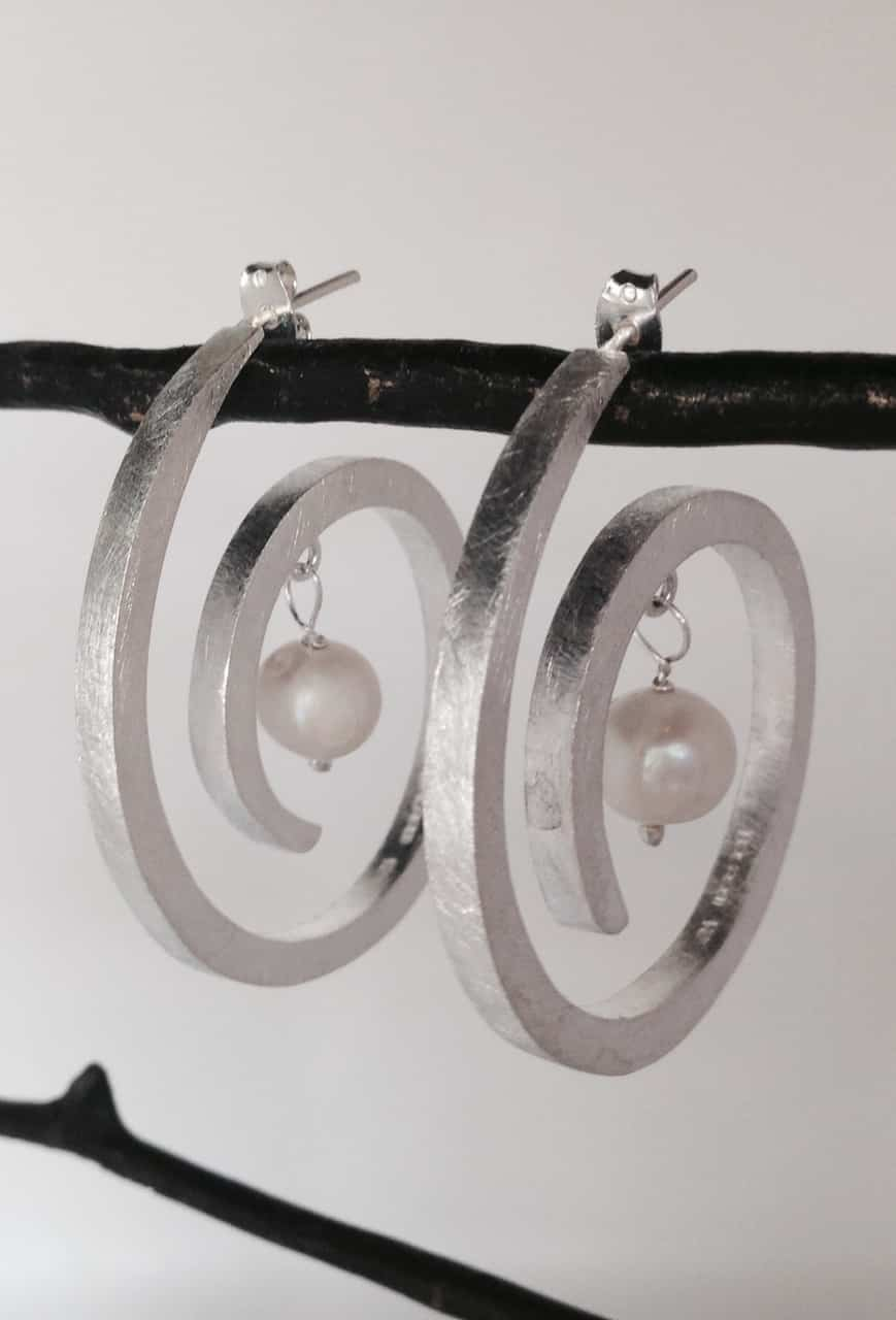 Sterling Silver Fresh Water Pearl Round Spiral Earrings