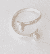 Sterling Silver Fresh Water Pearl Spiral Bangle