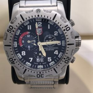 SOLD – Men's Luminox Diver Professional